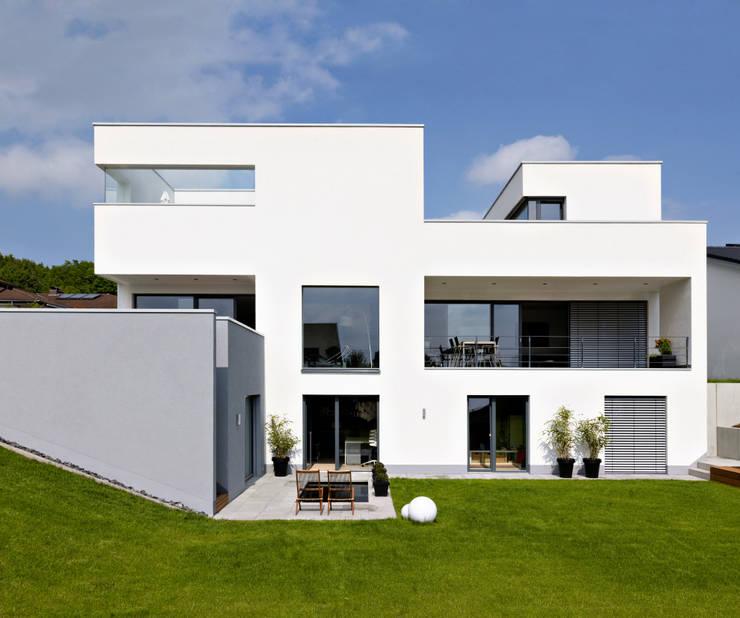 Mehrfamilienhaus_H:  Mehrfamilienhaus von Fachwerk4 | Architekten BDA