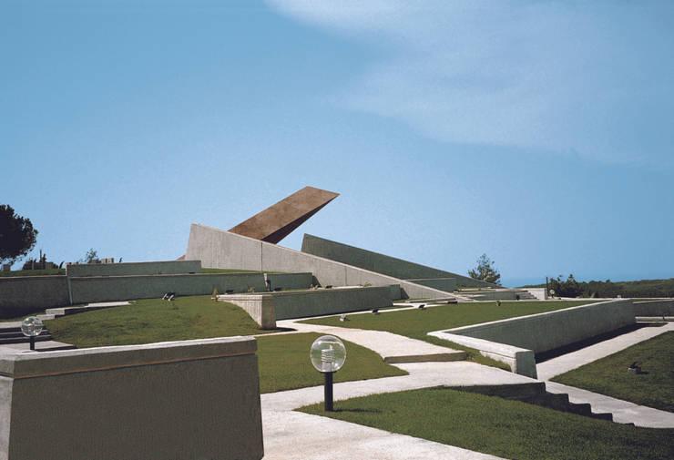 Metin Hepgüler – Kabatepe Anıtı:  tarz Müzeler
