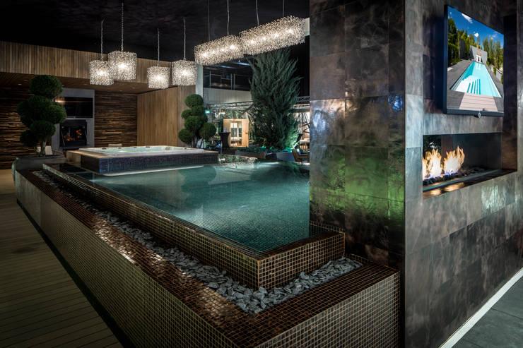 de estilo  por Waterstijl Luxe Zwembaden