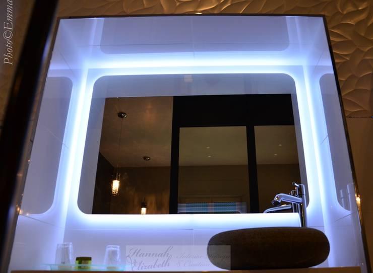 Salle de bain:  de style  par HANNAH ELIZABETH INTERIOR DESIGN & CREATION