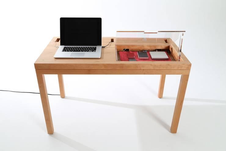 CONSENTABLE/WT: CONSENTABLEが手掛けた勉強部屋/オフィスです。