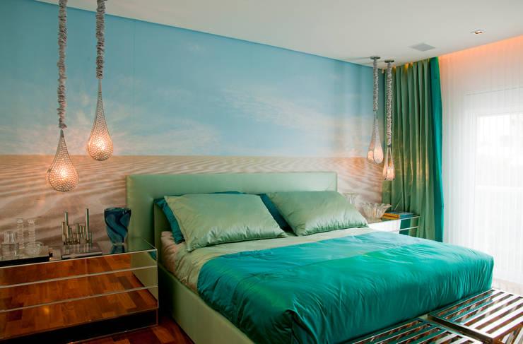 Brunete Fraccaroli Arquitetura e Interiores:  tarz Yatak Odası