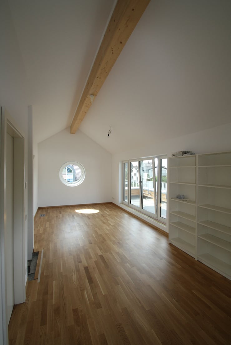 Haus T – Neubau EFH – KFW 70 Standard :  Häuser von AIB - Architektur - Ingenieurbüro Billstein - Köln,Klassisch