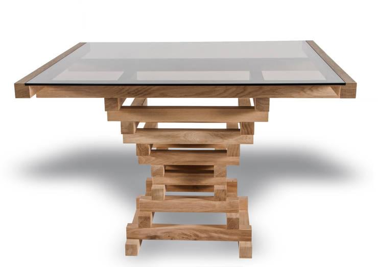 Table Altaar:  Eetkamer door VanJoost
