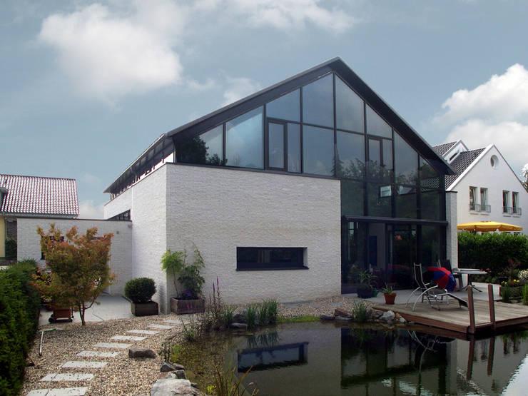 Ansicht Garten:  Häuser von Architekturbüro Sahle,Modern