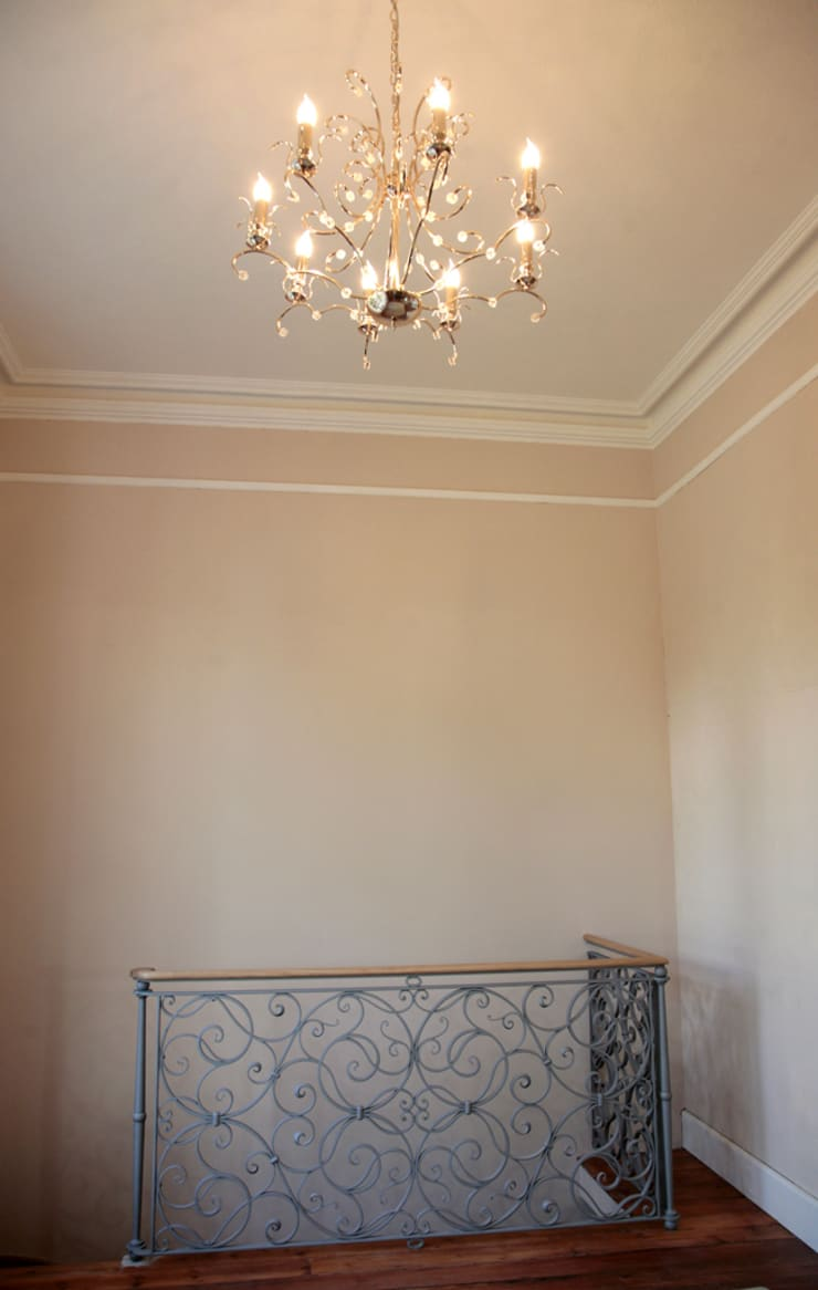 The Lansdown Balustrade by Ironart of Bath:  Balconies, verandas & terraces  by Ironart Ltd
