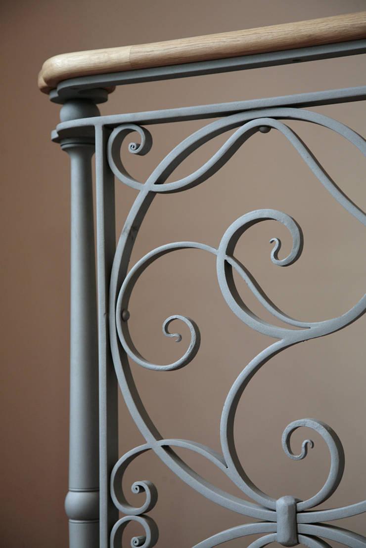 The Lansdown Balustrade, Ironart of Bath:  Balconies, verandas & terraces  by Ironart Ltd