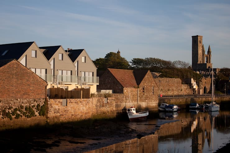Harbour  / Sea Elevation:  Houses by Architects Scotland Ltd