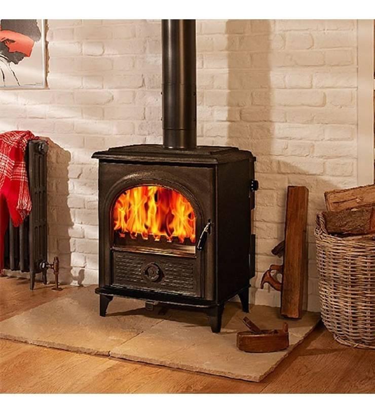Hi-Flame Alpha I DEFRA Approved Multifuel Stove:  Living room by Direct Stoves