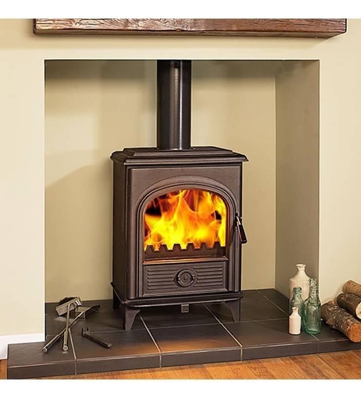 Hi-Flame Alpha II DEFRA Approved Multifuel Stove:  Living room by Direct Stoves