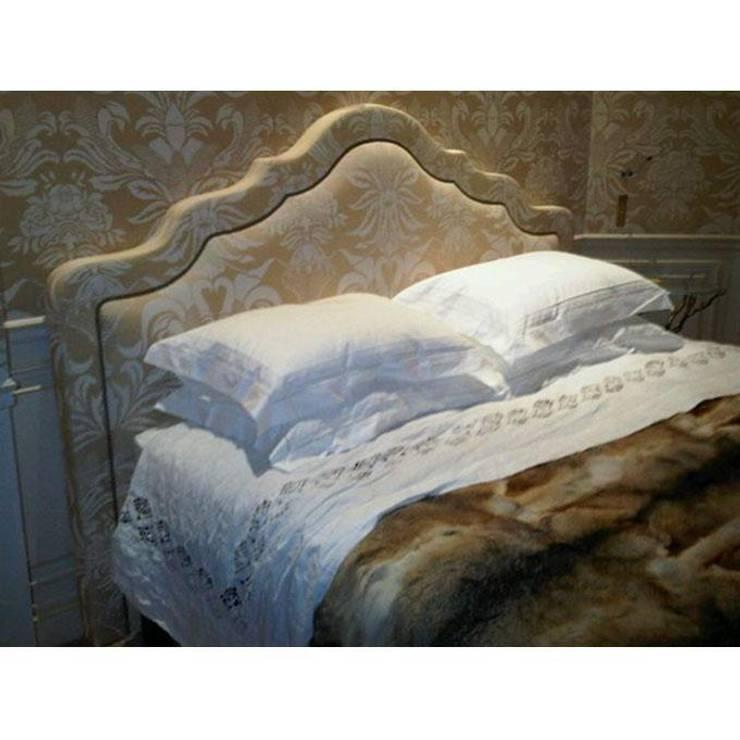 Tête de lit Camouflage: Chambre de style  par Fabrice Mullet