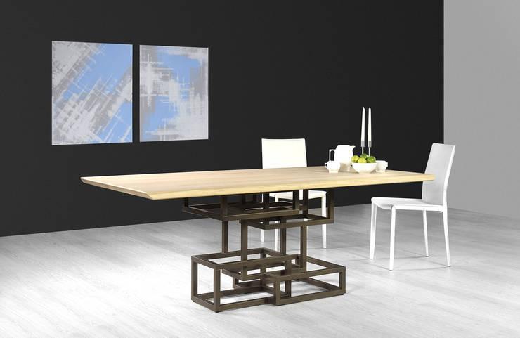 Inception Wood:  in stile  di Lestrocasa Firenze, Moderno