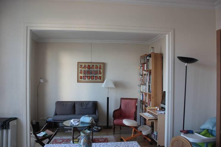 """Salon (avant):  de style {:asian=>""""asiatique"""", :classic=>""""classique"""", :colonial=>""""colonial"""", :country=>""""de stile Rural"""", :eclectic=>""""éclectique"""", :industrial=>""""industriel"""", :mediterranean=>""""méditerranéen"""", :minimalist=>""""minimaliste"""", :modern=>""""moderne"""", :rustic=>""""rustique"""", :scandinavian=>""""scandinave"""", :tropical=>""""tropical""""} par Lignes & Nuances,"""