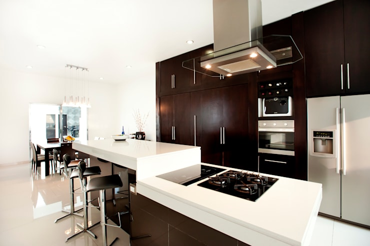 modern Kitchen by Arturo Campos Arquitectos