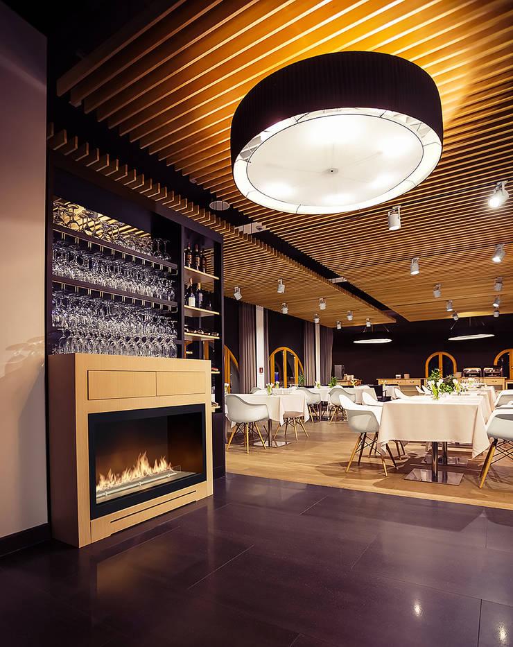 Ruang Makan oleh Planika Fires, Modern