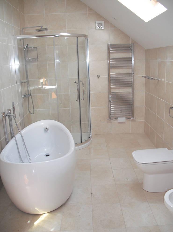 48 Farrar Lane:  Bathroom by Studio J Architects Ltd