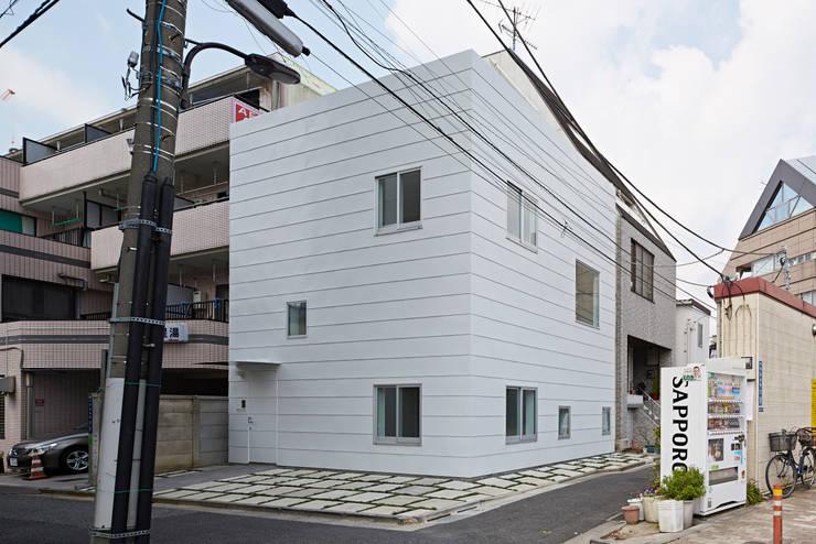 外観: アソトシヒロデザインオフィス/Toshihiro ASO Design Officeが手掛けた家です。
