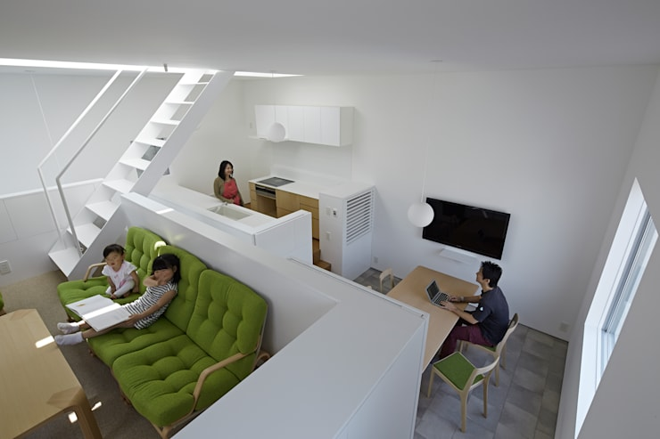 内観-リビングから全体を見る: アソトシヒロデザインオフィス/Toshihiro ASO Design Officeが手掛けたダイニングです。