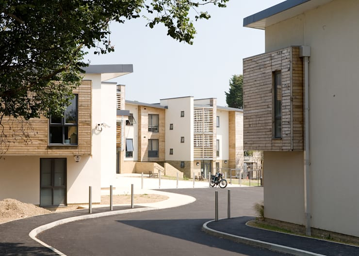 George Williams Mews - Site Entrance:   by ABIR Architects