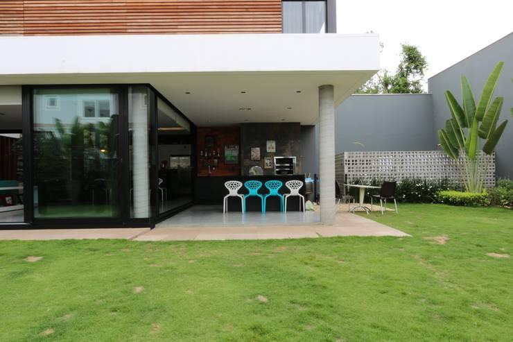 ZAAV-Casa-Interiores-1342: Terraços  por ZAAV Arquitetura