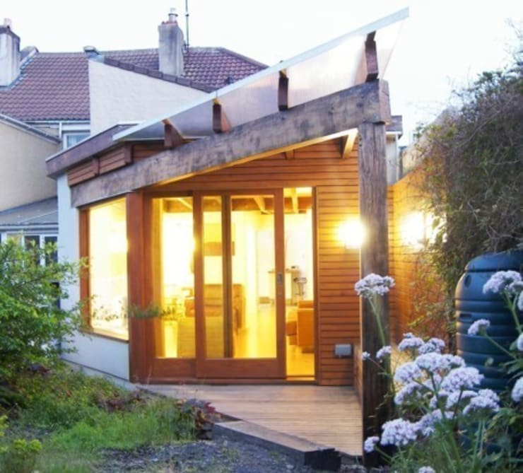 Rear Elevation of Architect's House in Bristol:  Living room by Dittrich Hudson Vasetti Architects