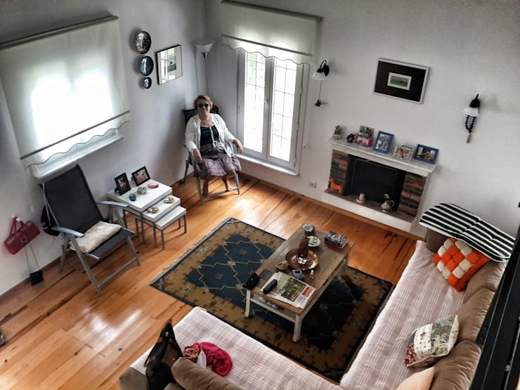 5 dakika Deneyim Tasarımı / Experience Design – Yum Evi Oturma Odası:  tarz Oturma Odası