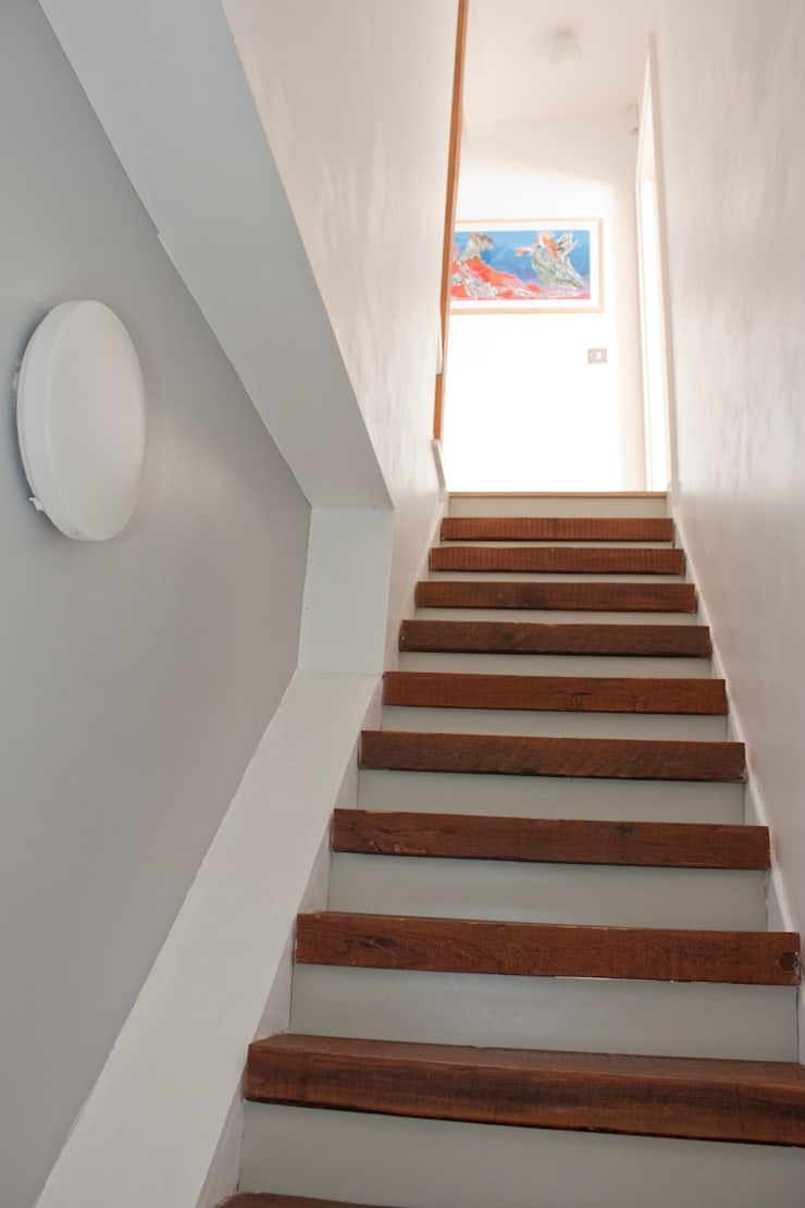 Staircase at Architect's House in Bristol by DHV Architects:  Corridor & hallway by Dittrich Hudson Vasetti Architects