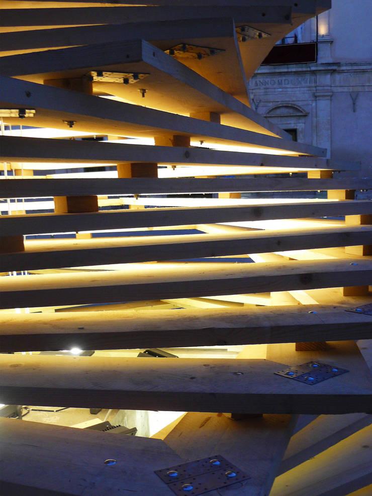 ALbero TOrtile: Arte in stile  di Francesco Castro Architetto,