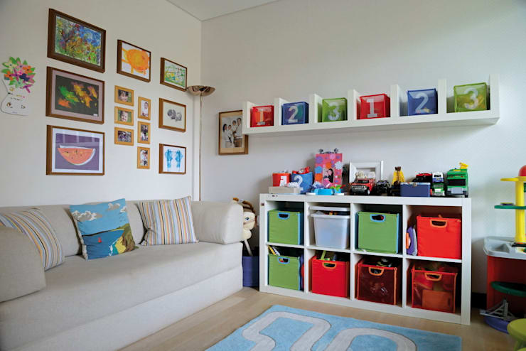 Nursery/kid's room by Paker Mimarlık