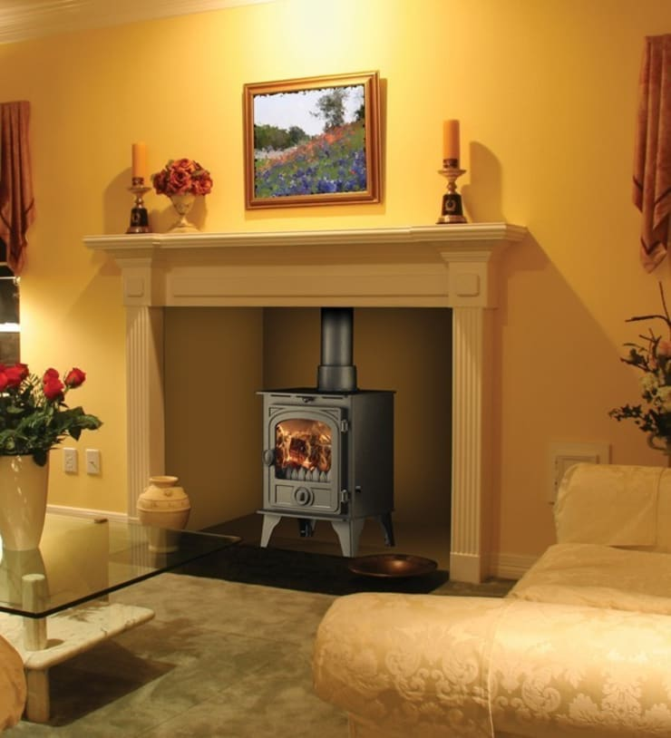 Hunter Hawk 4 Multi Fuel Stove:  Living room by Direct Stoves