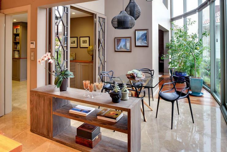 Living room by Paker Mimarlık