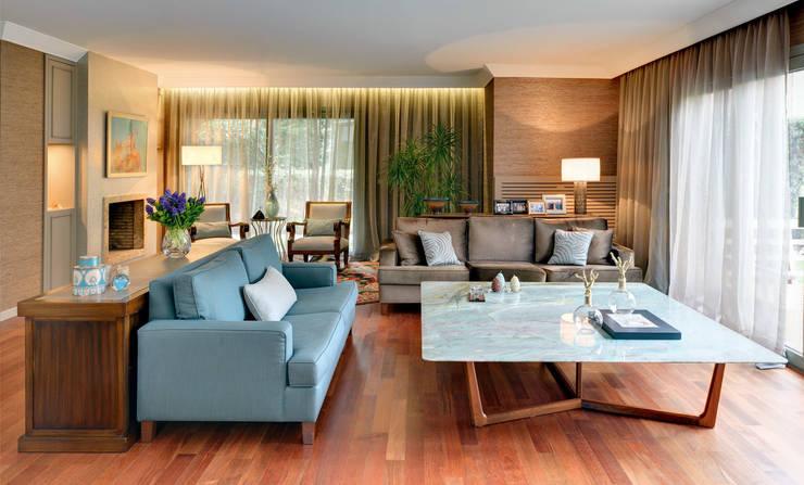 Paker Mimarlık – GÜÇLÜ EVİ:  tarz Oturma Odası