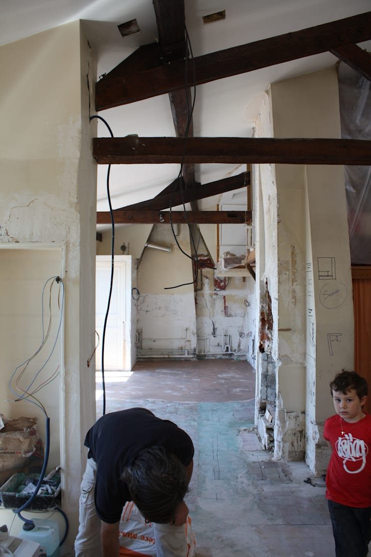 Après démolition:  de style  par HYPERBOLD
