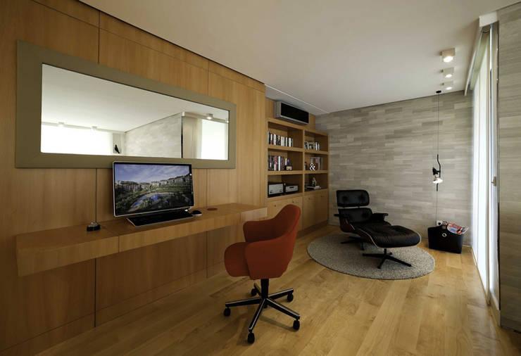 Paker Mimarlık – ABHARY EVİ: modern tarz Çalışma Odası