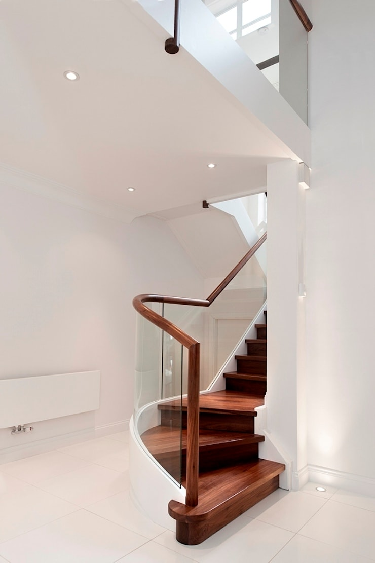 Ealing staircase:  Corridor, hallway & stairs by Smet UK - Staircases