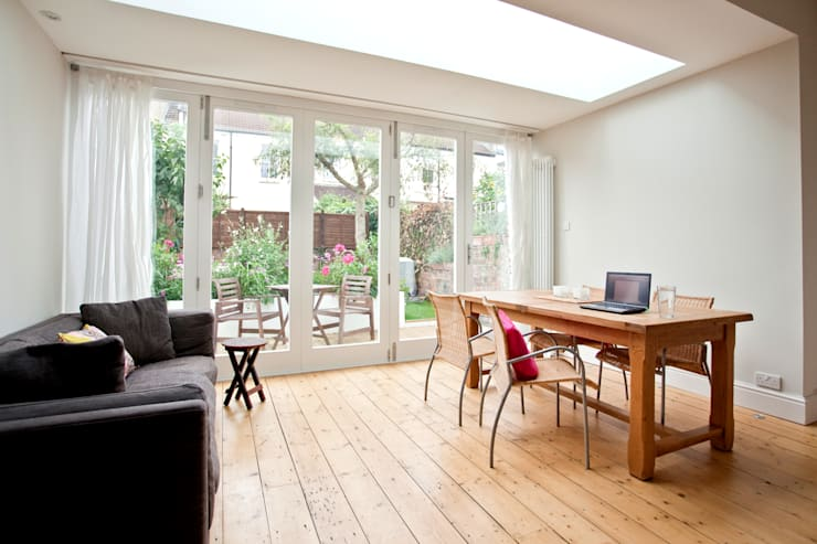 Rear extension and remodelling in Central Bristol:  Dining room by Dittrich Hudson Vasetti Architects