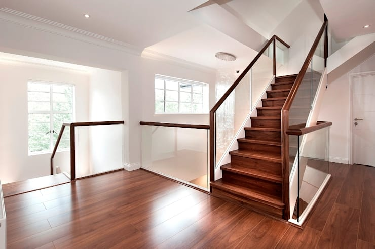 Ealing staircases:  Corridor, hallway & stairs by Smet UK - Staircases