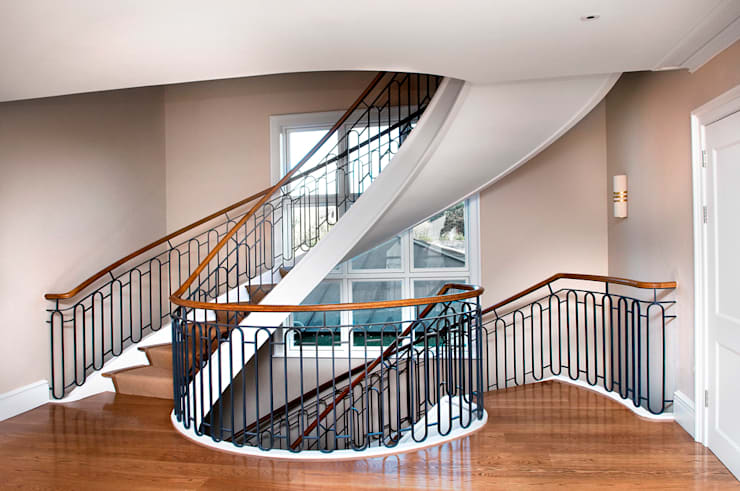 East Sheen Staircase:  Corridor, hallway & stairs by Smet UK - Staircases