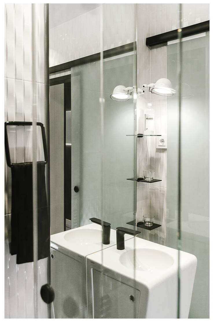 Ванные комнаты в . Автор – MILL-HOUSE, Лофт