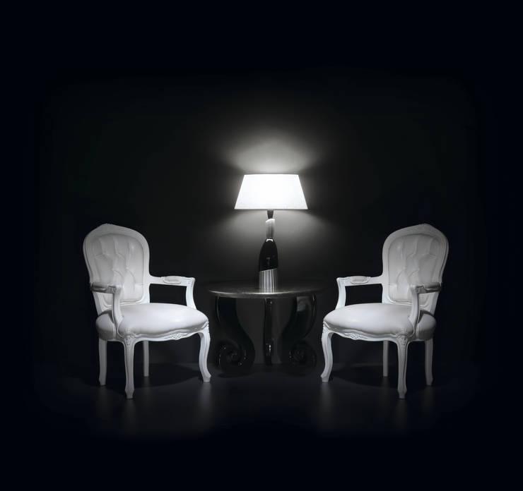 ELLA: Sala de estar  por FB Internacional