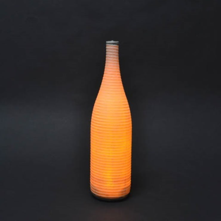 Wine Bottle Lamp  (A Japanese paper light):  Kitchen by Rin crossing