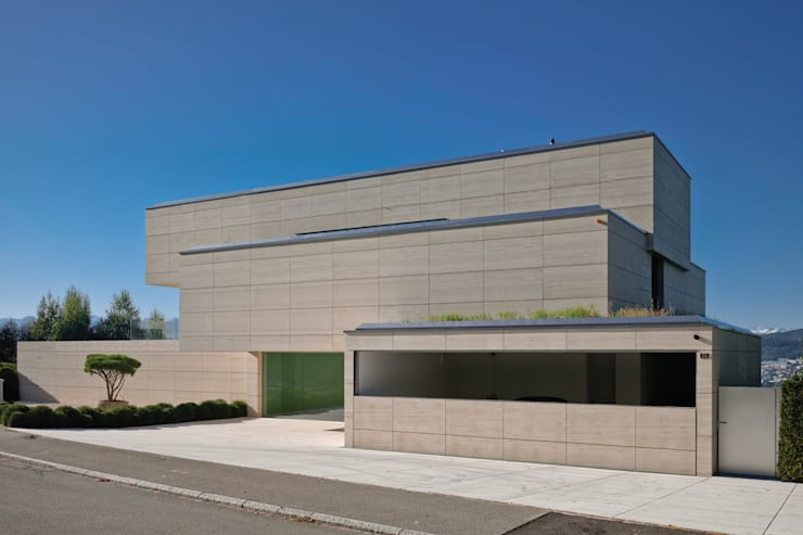 A Descender Front Garage Door:  Houses by Descender Fronts by Kollegger