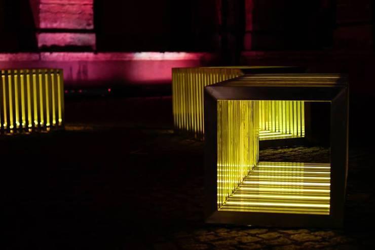 Anaïs Bretonnet: Jardin de style  par Good Morning Design
