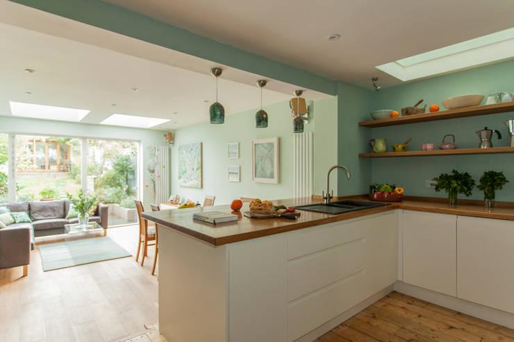 Cuisine de style de style Moderne par Dittrich Hudson Vasetti Architects