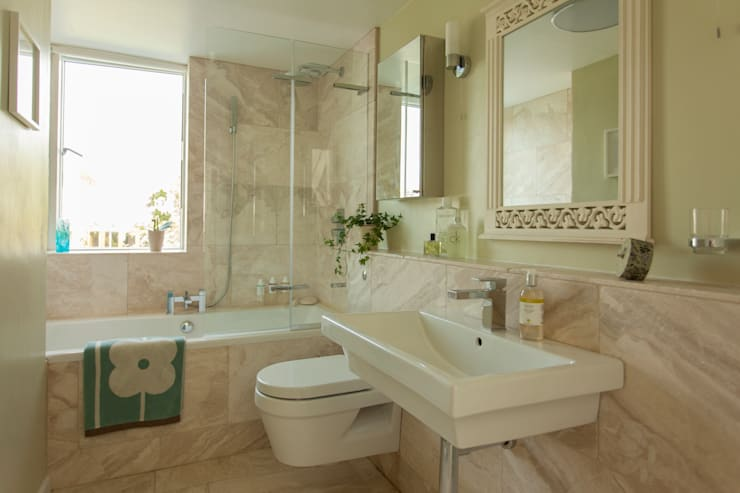 Bathroom by Dittrich Hudson Vasetti Architects
