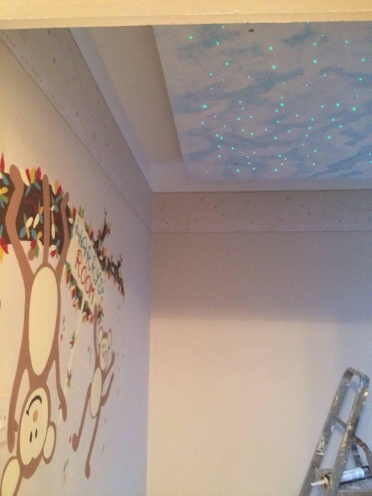 Nursery :  Nursery/kid's room by Lancashire design ceilings