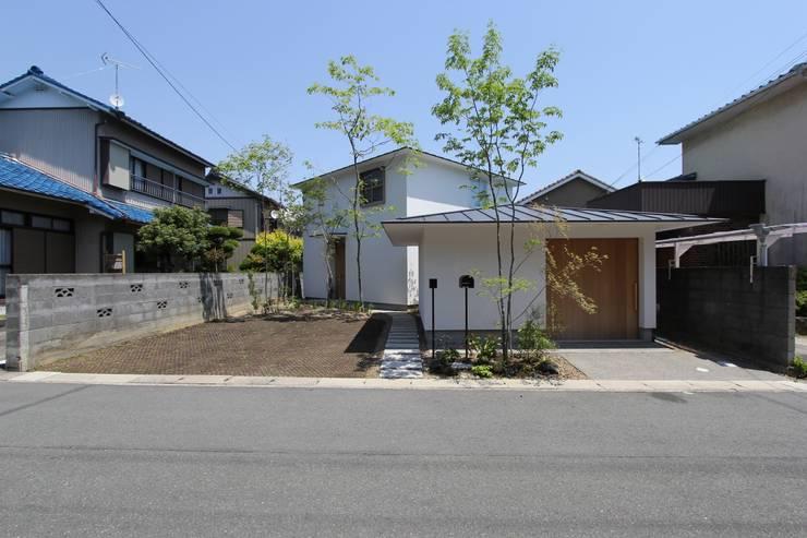 イエニワハナレ: amp / アンプ建築設計事務所が手掛けた家です。