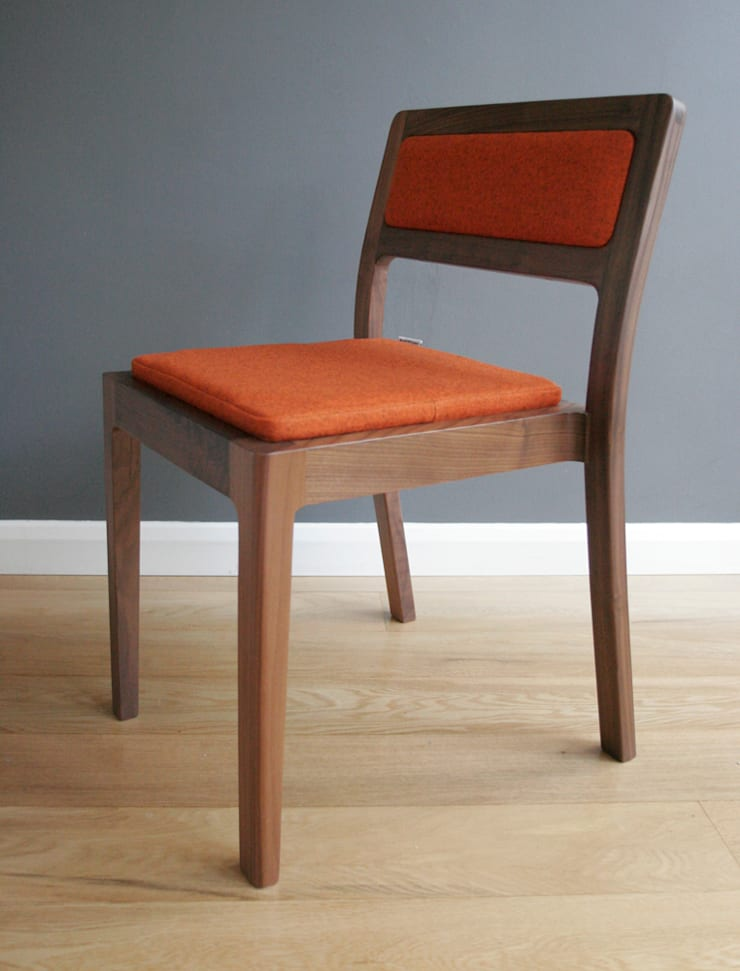Long Eaton Stacking Chair & Bench:  Kitchen by Assemblyroom