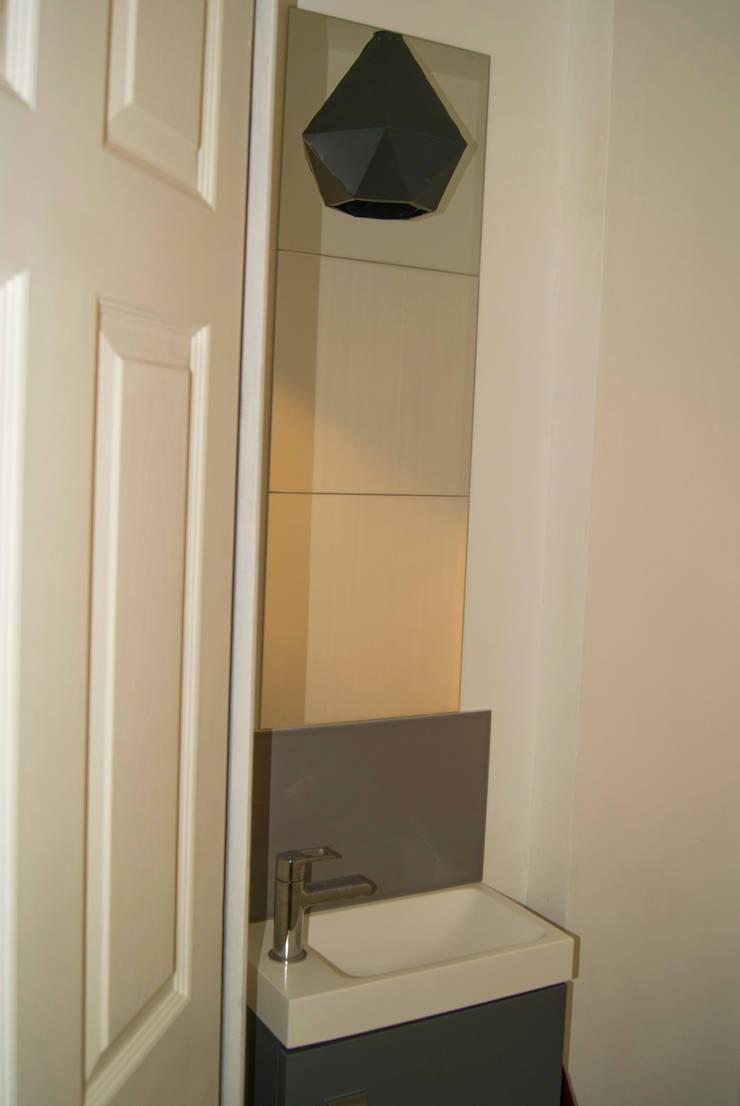 Restructuration complète d'un Loft: Salle de bains de style  par L&D Intérieur