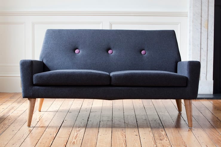 Finsbury Sofa:  Living room by Assemblyroom